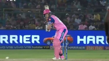 Steve Smith has scored a second consecutive half-century, though his Rajasthan side lost to Delhi in the IPL.