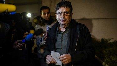 Jean Marc Grenier: the director of care at Grenoble University Hospital addresses the media.
