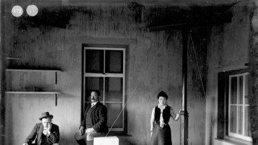 John Milne with Russian seismologist Prince Boris Galitzin and his wife Tone Harikawa looking at one of his seismographs on the Isle of Wight in 1911.