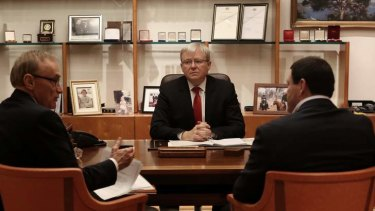 Prime Minister Kevin Rudd meets with Foreign Minister Senator Bob Carr and Mike Kelly to convene a briefing on Syria.