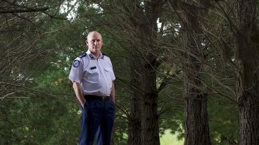 Fire Services commissioner Craig Lapsley has a strong message to those in high fire-risk areas: stay and risk death.