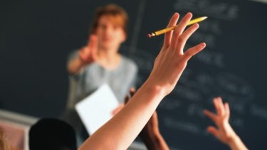 In class: When do face-to-face teaching hours really begin and end?