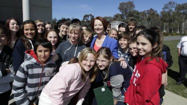 The Prime Minister met students at the National Gallery of Australia, prior to her National Press Club address.