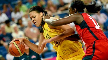 US centre Tina Charles (right) challenges Australian centre Elizabeth Cambage during the semi-final match.