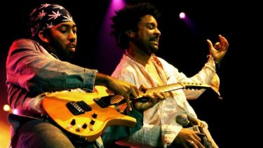 Reggae singer Shaggy's smoky strategy for defeating the Islamic State