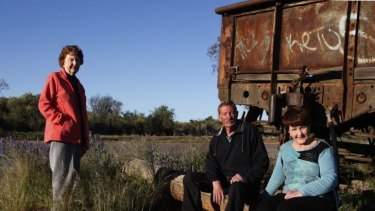 "Lorraine Cole, Barry ""Fred"" Cowie and Peggy Corney visit the site of the Broken Hill picnic train attack where their aunt, Alma Cowie was shot dead in 1915."