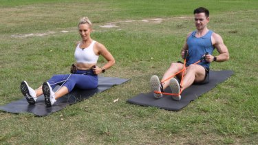 Exercise scientist Amelia Phillips teams up with 9Honey's Sam Downing for this upper body workout.