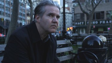 Lloyd Cole prefers the solo acoustic setting when he takes his songs onthe road.