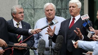 Crossbench MPs Andrew Wilkie, Clive Palmer and Bob Katter want an emergency fund for natural disasters.