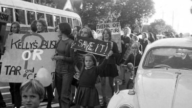 The Kelly's Bush gang protesting.