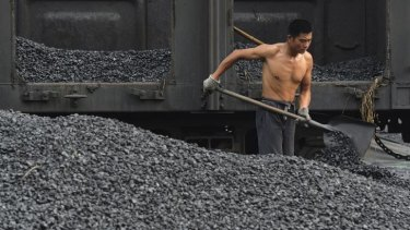 China will again levy import tariffs on coal for the first time since 2005.