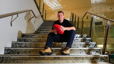 Former Ainslie midfielder Aaron Vandenberg will make his AFL debut for the Melbourne Demons against the Gold Coast Suns at the MCG on Saturday.