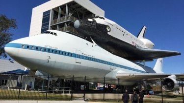 Shuttle Independence hitches a ride on NASA's modified Boeing 747.