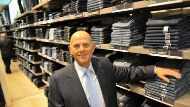 Retailer Solomon Lew is set to emerge kingmaker in the event of a bid for Myer after snapping up a 10 per cent blocking stake.