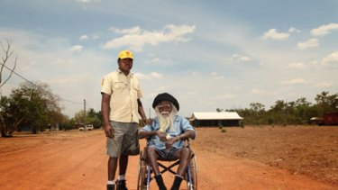 The oldest of the Arnhem land elders Dr Gawirrin Gumana (right) and young Yongu leader Yinimala Gumana.