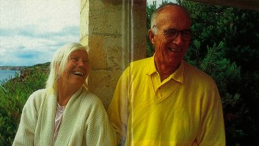 Utzon in Spain with wife Lis Davis.