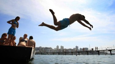 Good for sun lovers: Record October warmth for Australia.