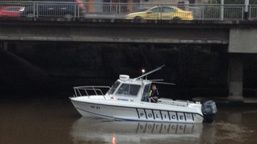 Police search the Maribyrnong River after new tip in the search for missing mother Karen Ristevski. Photo Emily Woods