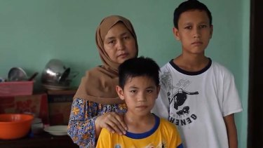 Lost ...  Fatima Nekbakht and sons Mujtaba and Asif.