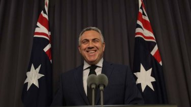 Treasurer Joe Hockey has announced a deal with the Greens on the debt ceiling.