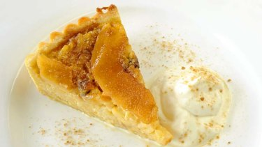 Quince and rice pudding tart.