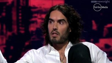 Russell Brand has tweeted his support for the Bali Nine pair.