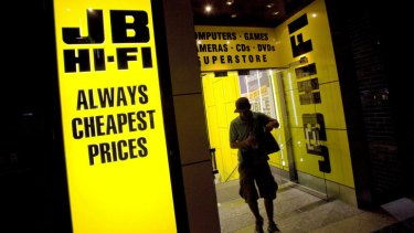 JB Hi-Fi says it's on track for total sales growth of between 6 per cent and 8 per cent for the full year.