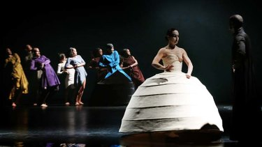 Visual efffects: Akram Khan's iTMOi, in the mind of igor.