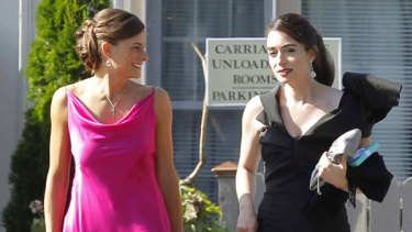 Wedding guests prepare to depart for Chelsea Clinton's wedding in Rhinebeck, New York.