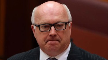 Senator George Brandis said the problem with the current law was that it dealt with racial vilification in ''the wrong way'' by ''political censorship''.