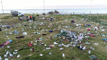 Almost 30 tonnes of rubbish and broken glass was cleaned up from the St Kilda foreshore after Christmas Day partying.