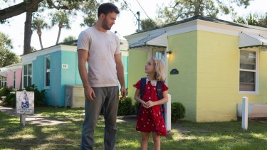 Frank (Chris Evans) and Mary (McKenna Grace) in Gifted.