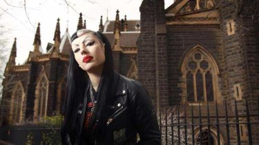 Kriss Poison is a Melbourne vampire.