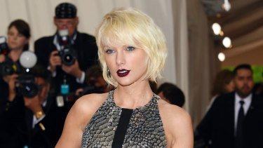 'It was a definite grab ... a very long grab ... it was intentional,' Taylor Swift said of the groping incident.
