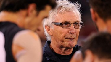 Carlton coach Mick Malthouse says the silence from AFL officials on Jobe Watson is a poor reflection on the sport's governing body.