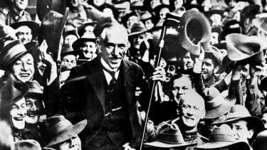 Prime Minister William Billy Hughes gets a wild welcome from Diggers during a visit to London in 1917.