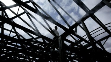 The latest figures on liquidations and voluntary administrations show that between June 1 and July 18 almost 100 companies in the construction and related industries collapsed.