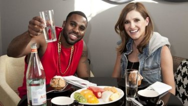 Good health: Jason Derulo lunches with Kate Waterhouse.