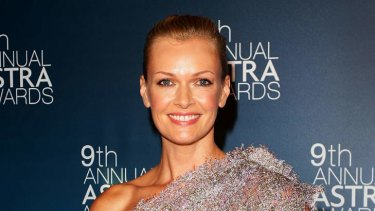 Sarah Murdoch with her award at the ASTRA's in Sydney.