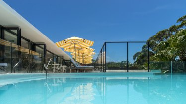 Bannisters Pavilion Rooftop pool