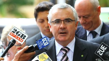 Independent MP Andrew Wilkie wants the rules on online gambling sites to be tightened.