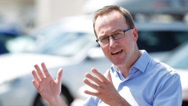 Greens MLC David Shoebridge has criticised the Inner West Council's handling of its IT contracts