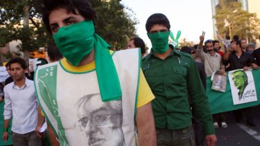 Images of Iranian protesters were widely and rapidly disseminated  on Twitter.