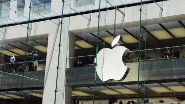 Apple has forced banks to accept unlimited liability for its losses if they reveal secret negotiations over Apple Pay.