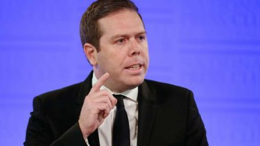 Australian Workers Union national secretary Paul Howes is expected to announce that he is leaving the union movement.