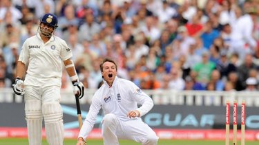 Sachin Tendulkar was the only Indian top order batsman to offer resistance before he was unlucky to be run out by Graeme Swann.