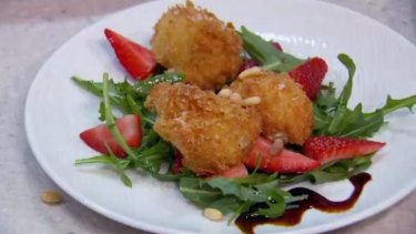 """The judges thought Robert and Lynzey's entree looked too """"retro""""."""