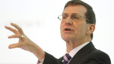 Professor Ian Harper has pulled out of a budget day fund-raiser after concerns were raised over the North Sydney Forum.