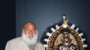 West Australian Indigenous Art Award winner 2009 Ricardo Idagi with his work <i>Malo Mask 2008</i>.