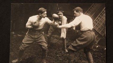 Australian diggers boxing.